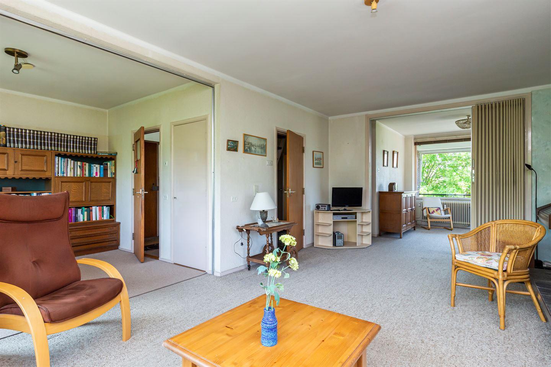 Bekijk foto 2 van Huis te Landelaan 242