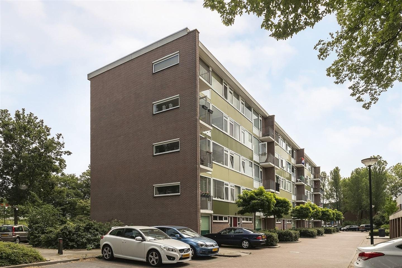 Bekijk foto 3 van Cornelis Bosstraat 6