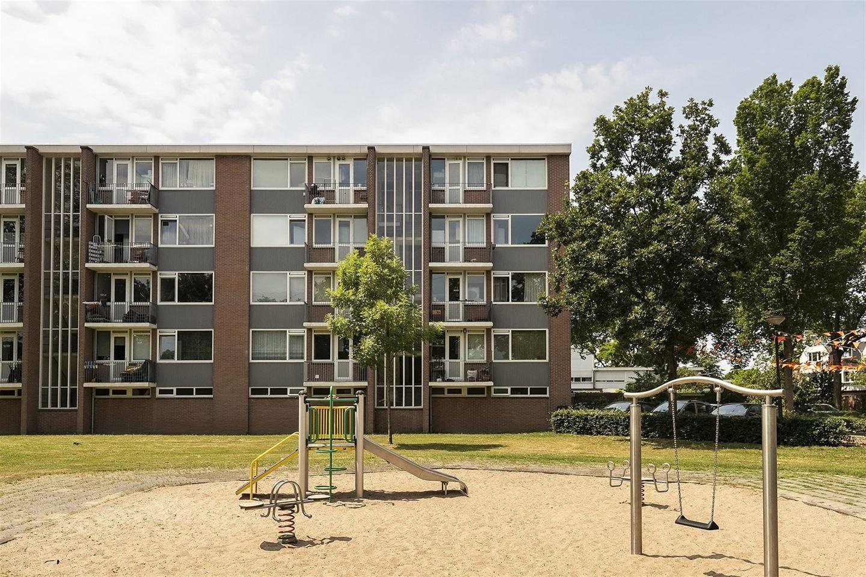 Bekijk foto 4 van Cornelis Bosstraat 6