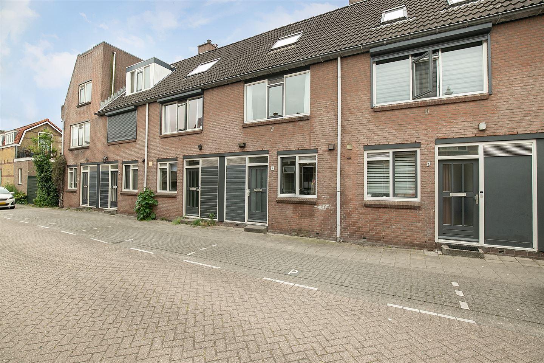 Bekijk foto 2 van Graaf van Bloisstraat 7