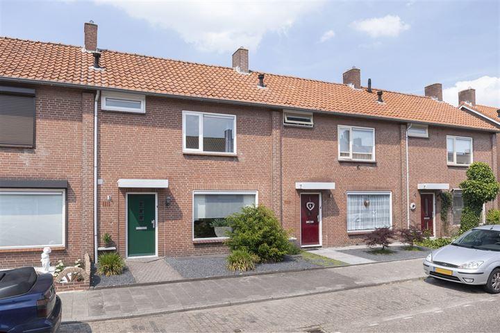 Anna van Burenstraat 18