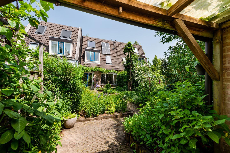 Bekijk foto 2 van Caro van Eyckstraat 11