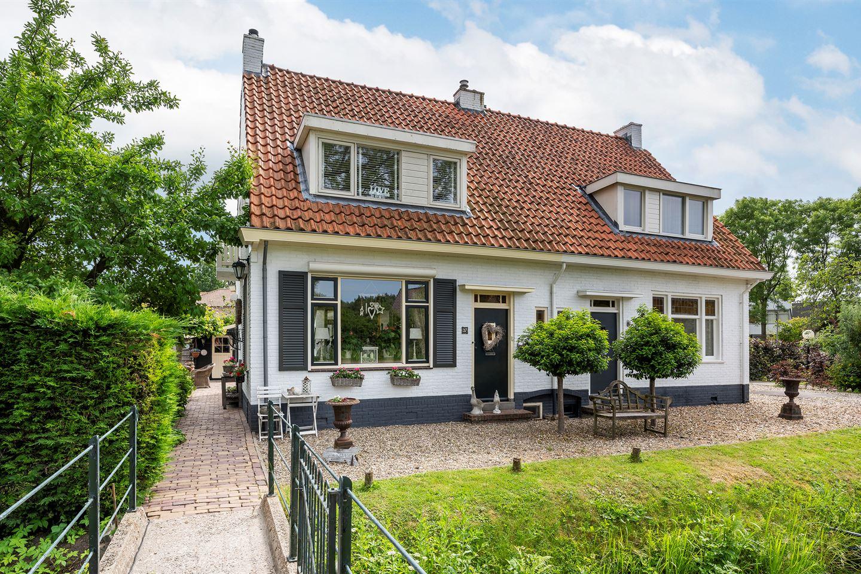 View photo 1 of Achterdijk 37