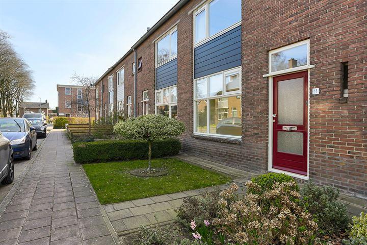 Dr. L.J.F. Janssenstraat 11