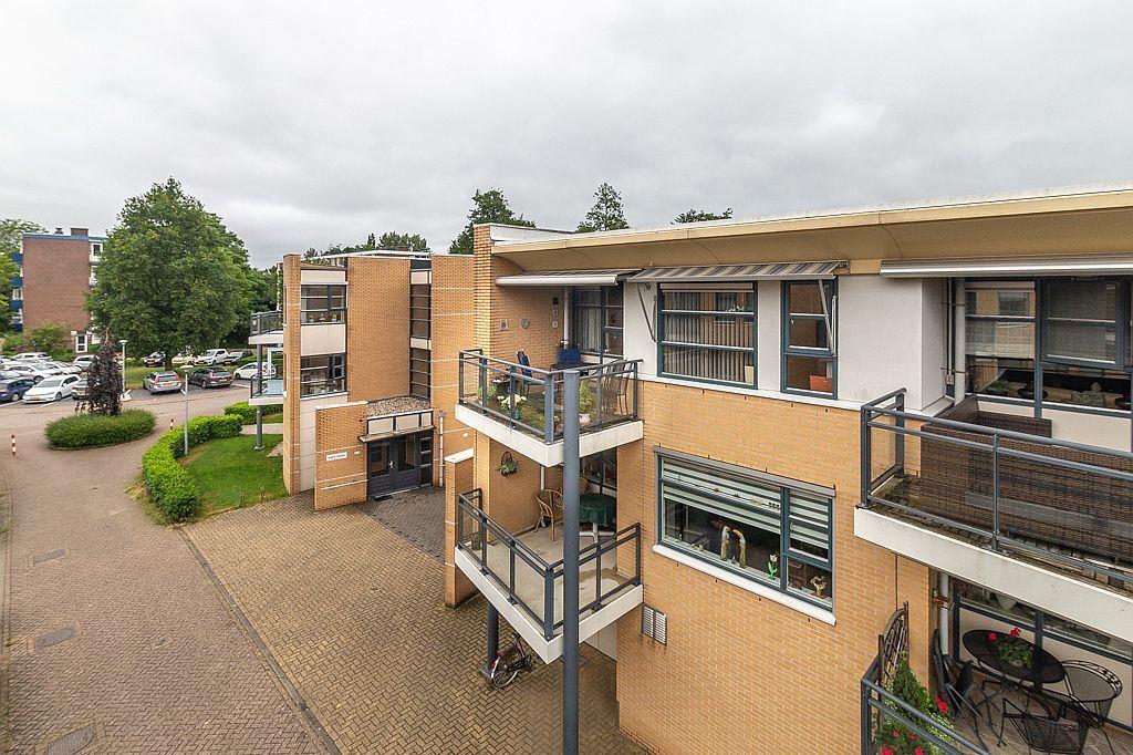 Bekijk foto 1 van Den Uylplein 89
