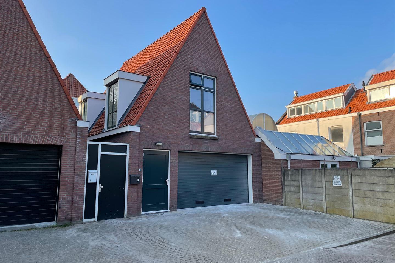 Bekijk foto 1 van Huijgensstraat 3