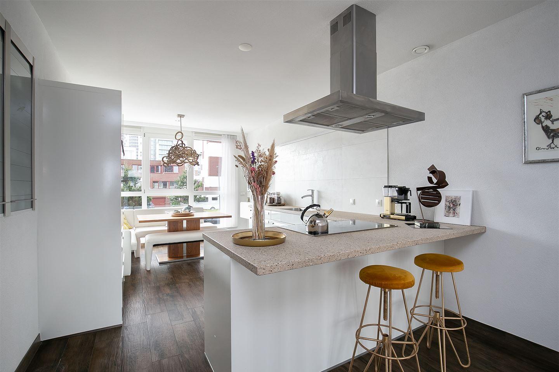 Bekijk foto 3 van Usticahof 4