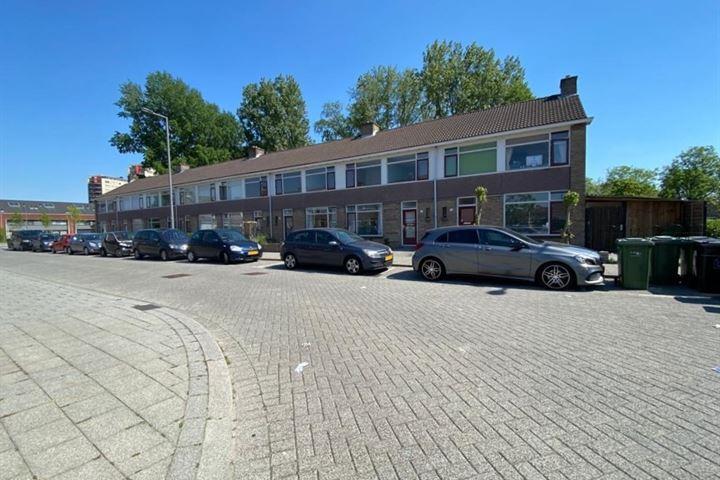 Middenhagen 14