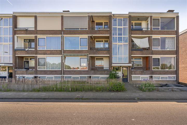 Jan van Riebeeckstraat 104