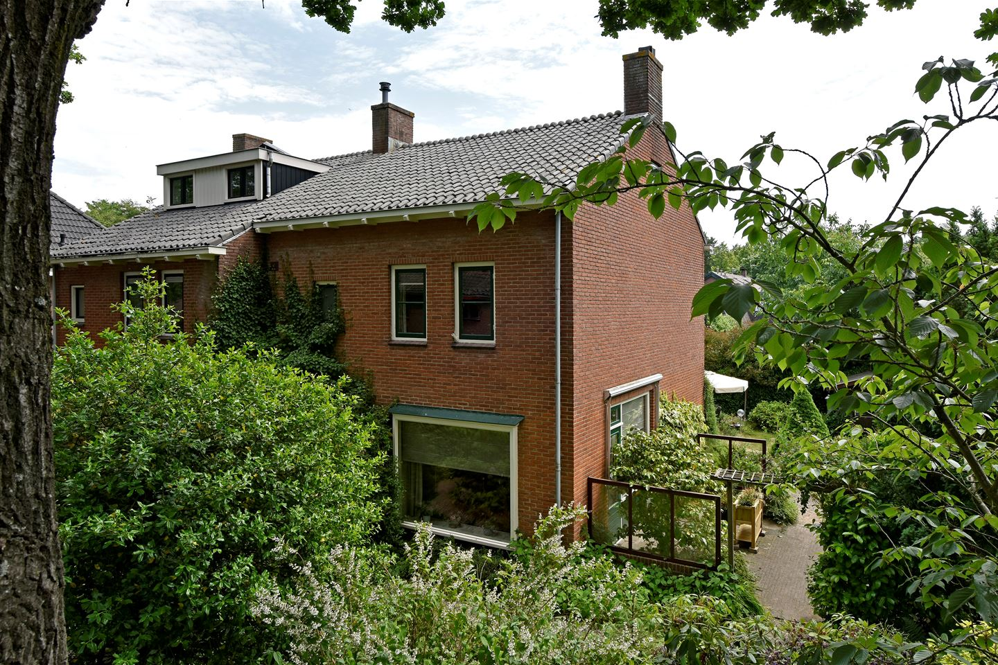 View photo 1 of Prins Hendriklaan 9 A