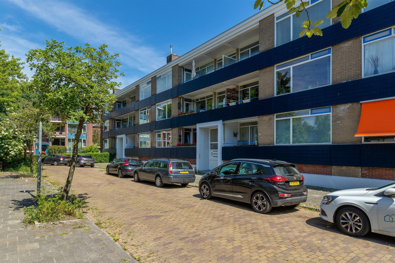 View photo 1 of Onderduikersstraat 98