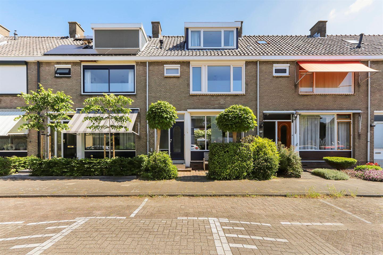 Bekijk foto 2 van Bloemenstraat 34