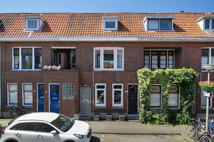 Van Leeuwenhoeckstraat 47