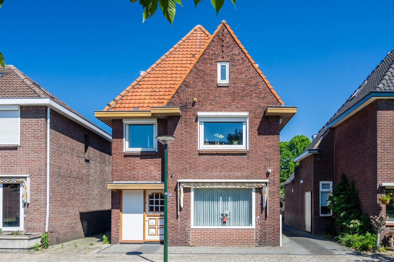 Bekijk foto 1 van Hoog Geldrop 36