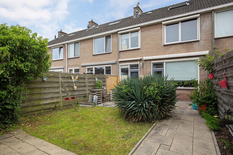View photo 2 of Bermweg 95