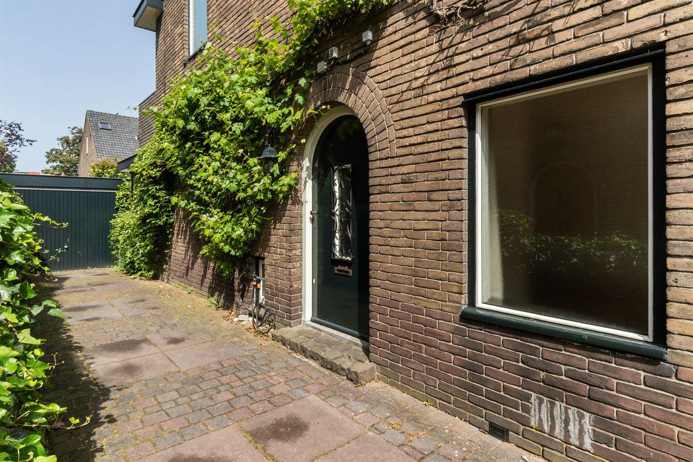 Bekijk foto 2 van Van Beuningenstraat 22