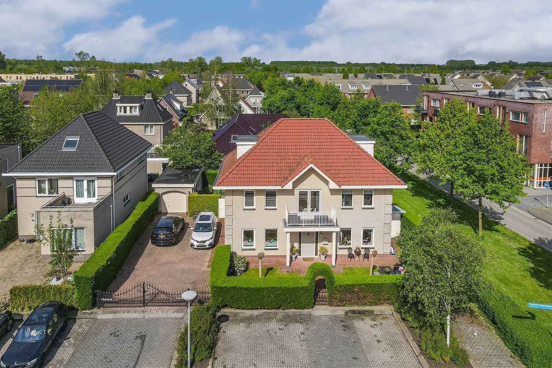 Bekijk foto 3 van Familie Doorzonstraat 11