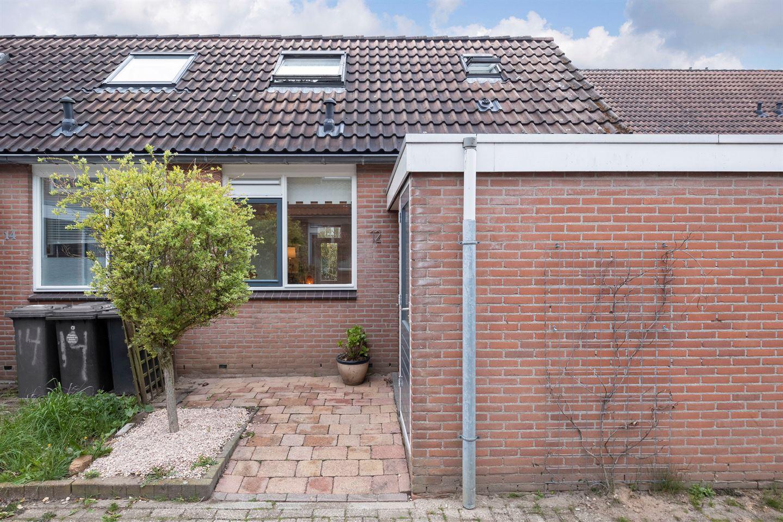 Bekijk foto 1 van Westerschouwenhof 12