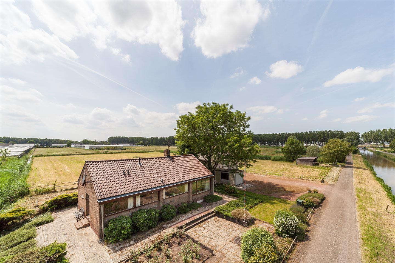 View photo 1 of Grensweg 3