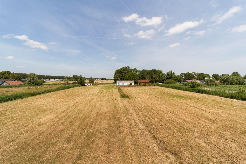View photo 2 of Grensweg 3