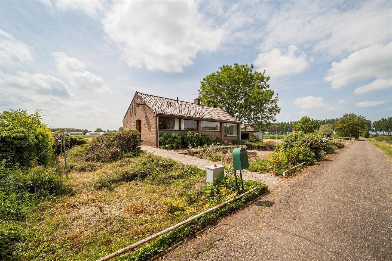 View photo 3 of Grensweg 3