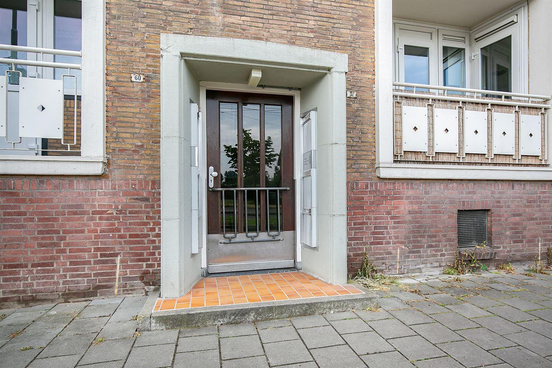 Bekijk foto 2 van Huissensestraat 58 2