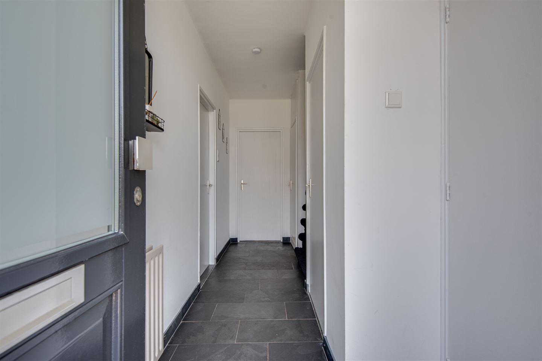 Bekijk foto 4 van Johan de Wittstraat 8