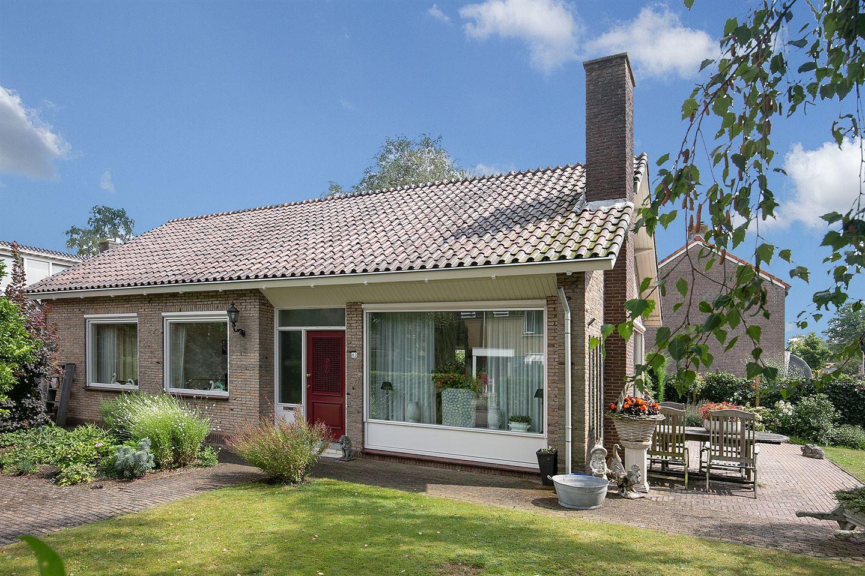 View photo 3 of Laan van Moerkerken 82
