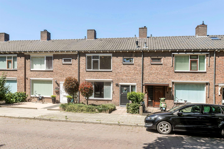 View photo 1 of Hermelijnstraat 17