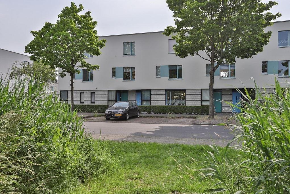 Bekijk foto 1 van J.M. den Uylstraat 221