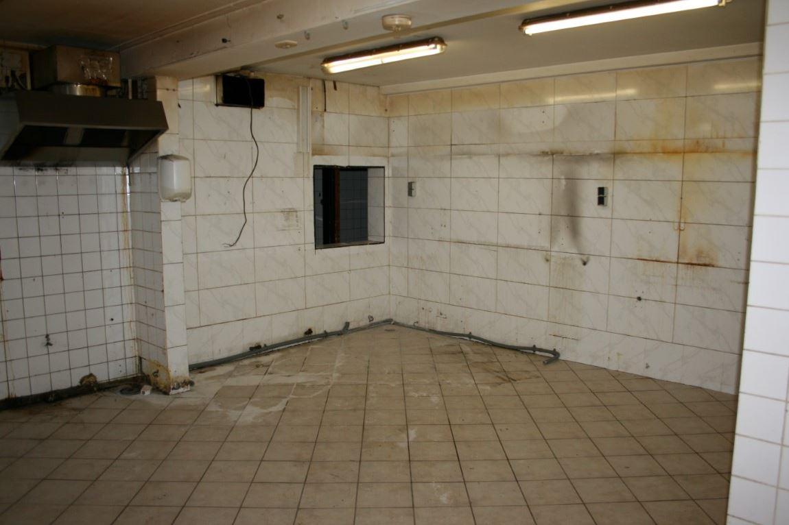 Bekijk foto 5 van Krommenieërweg 110-112