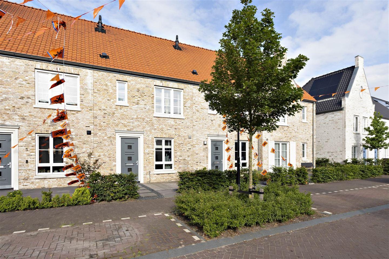 View photo 2 of Boterbloemdreef 7