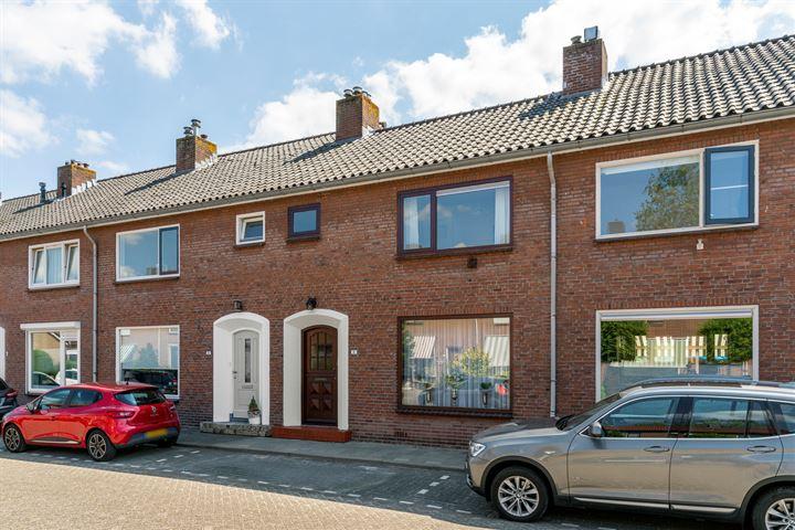 IJsselstraat 11