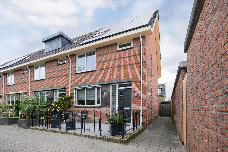 Bekijk foto 1 van Maria van der Duinstraat 2