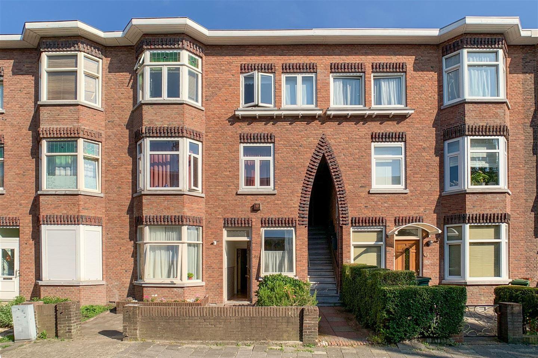 Bekijk foto 1 van van Naeltwijckstraat 35