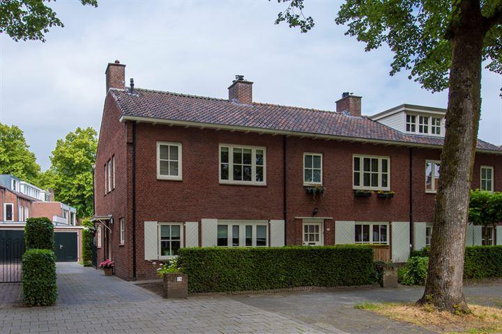 Burgemeester Jansenstraat 19