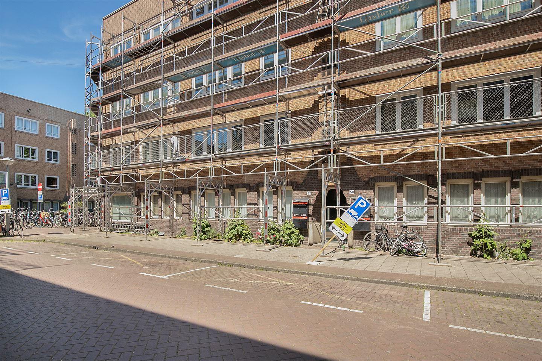 Bekijk foto 2 van Bloys van Treslongstraat 62 H