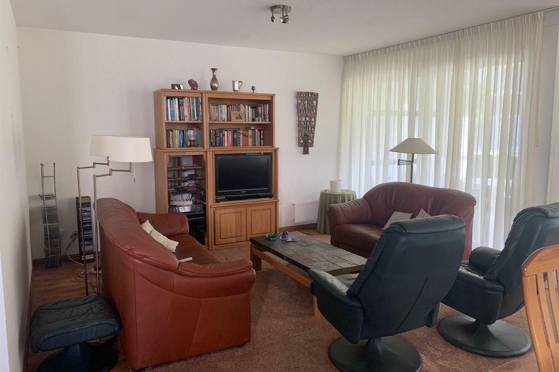 Bekijk foto 2 van Castellanie 62