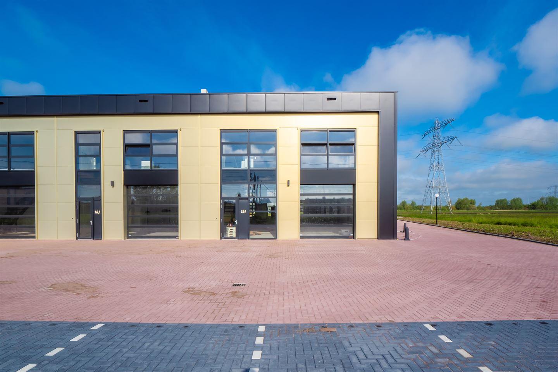 View photo 3 of De Corridor 16