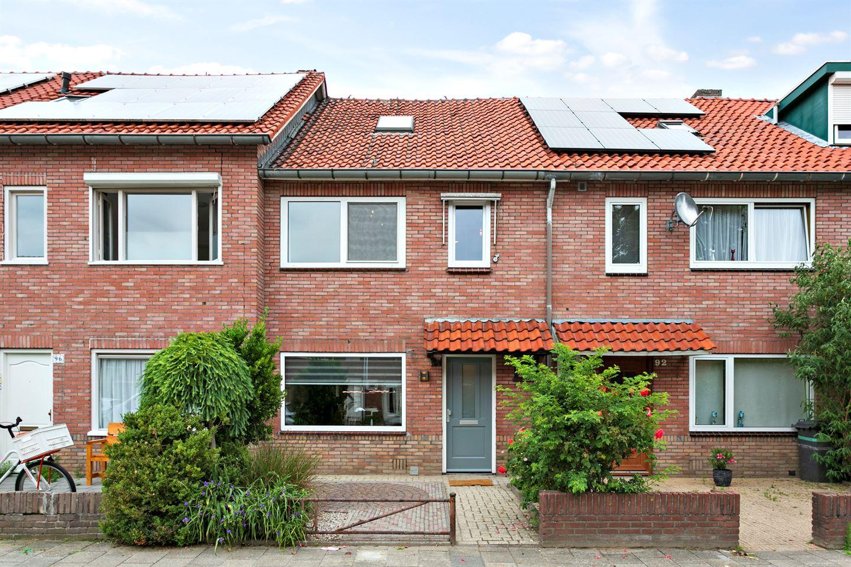 Bekijk foto 1 van Bergen op Zoomstraat 94