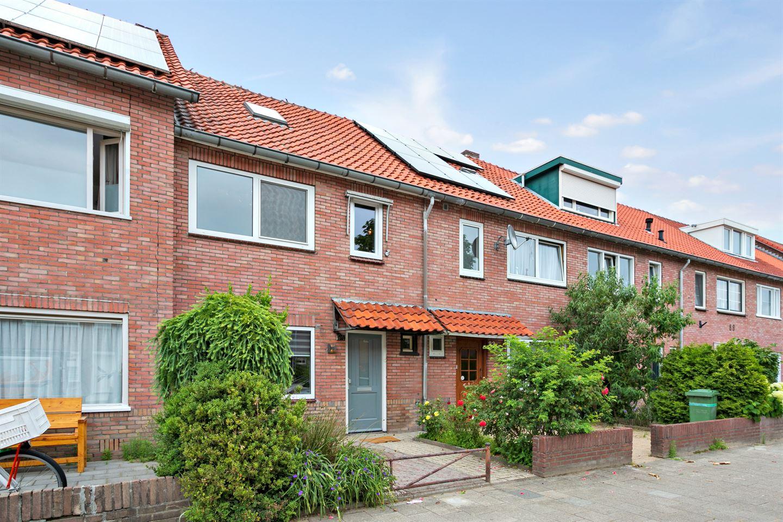 Bekijk foto 2 van Bergen op Zoomstraat 94