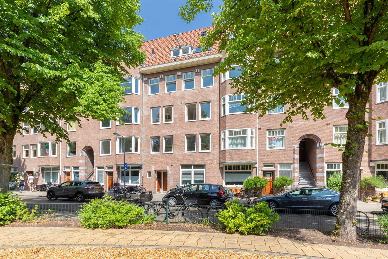 View photo 1 of Van Tuyll van Serooskerkenweg 68 2