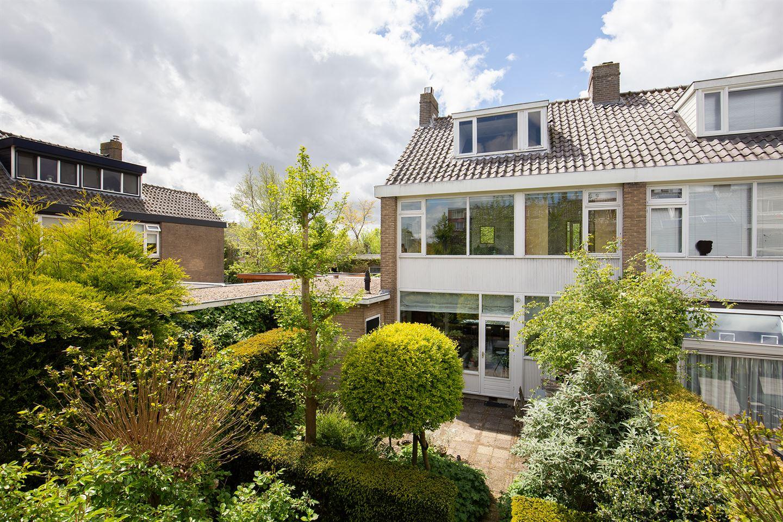 Bekijk foto 1 van H Roland Holststraat 1