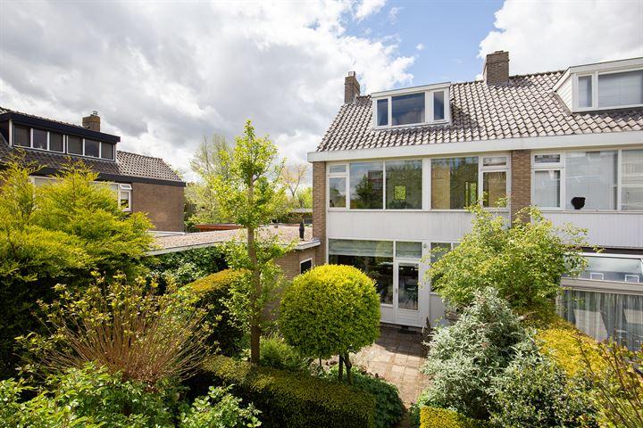 H Roland Holststraat 1