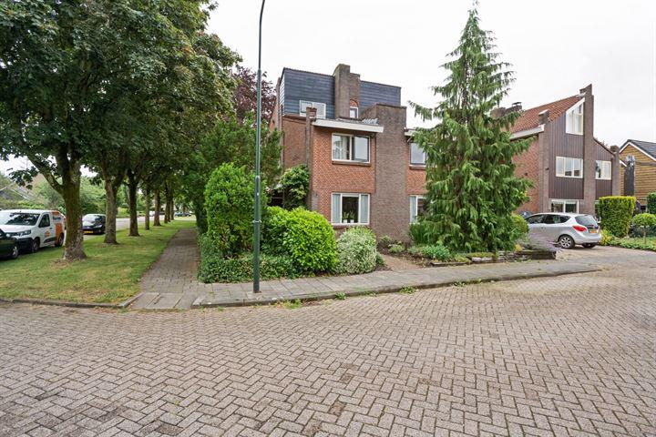 Zalmstraat 1