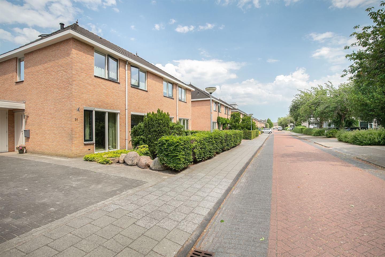 Bekijk foto 2 van Willem van Engenstraat 11