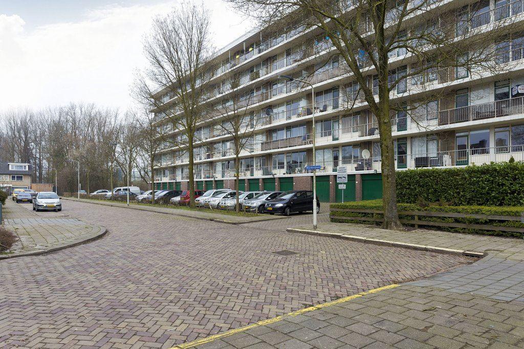 Bekijk foto 2 van Wijenburglaan 147