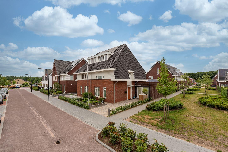 View photo 3 of Rutger Loenenweg 19
