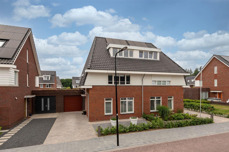 View photo 4 of Rutger Loenenweg 19