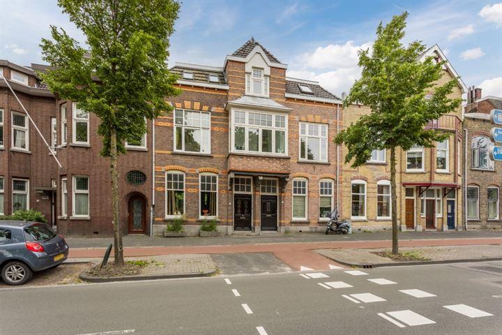 Bredasestraat 64